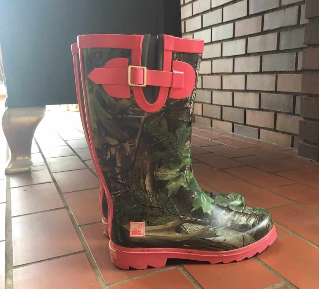 pink and camo work boots
